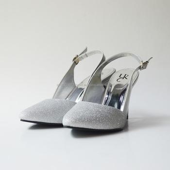 Wanita Sepatu Yongki Komaladi Desain Wanita Heels Buy Sepatu Wanita Tumit Sepatu Hak Tinggi Desain Terbaru High Heels Product On Alibaba Com