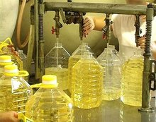Grade AAA Refined and crude sun flower oil Stock