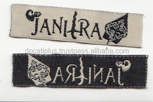 Custom Design High density Clothes Label Eco-friendly End Fold Clothing Damask Woven Label
