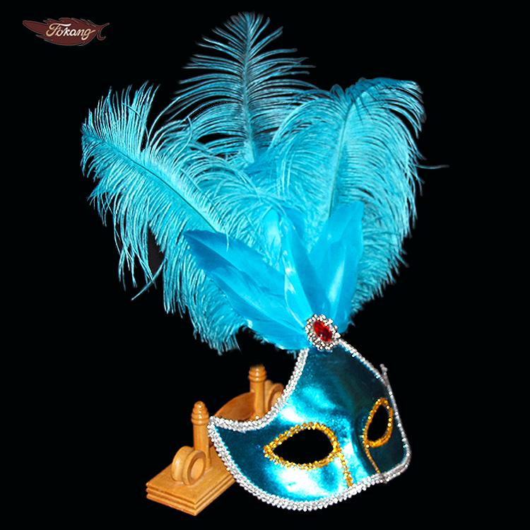 Секс и страусиные перья
