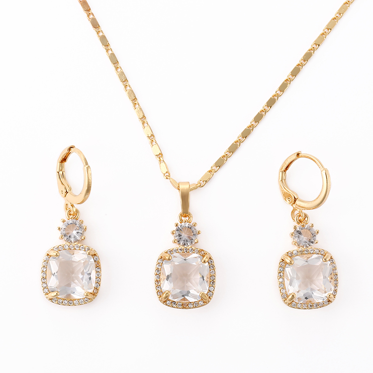 Hengdian 2018 18 천개 금 Plated Diamond Cubic 지르코니아 Necklace 및 Earring Jewelry Set 대 한 Women
