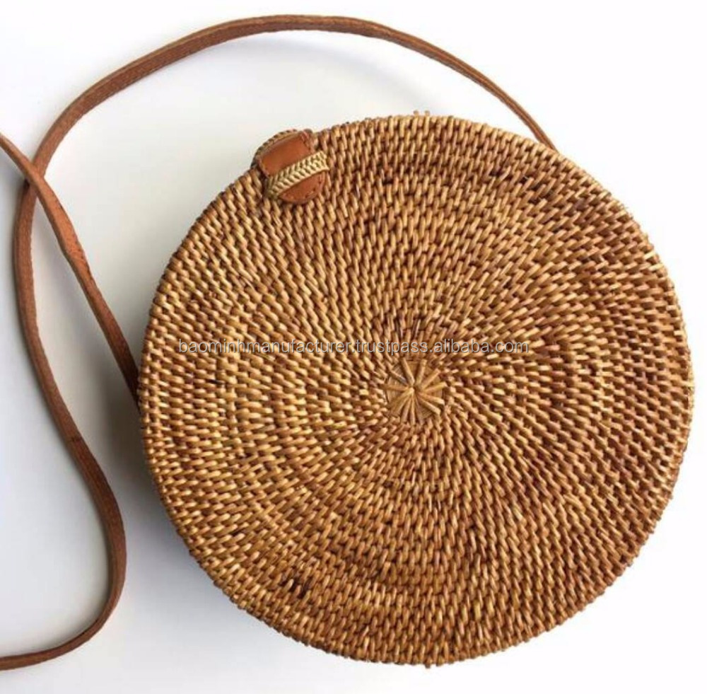 Eco-friendly rattan handbag with liner inside