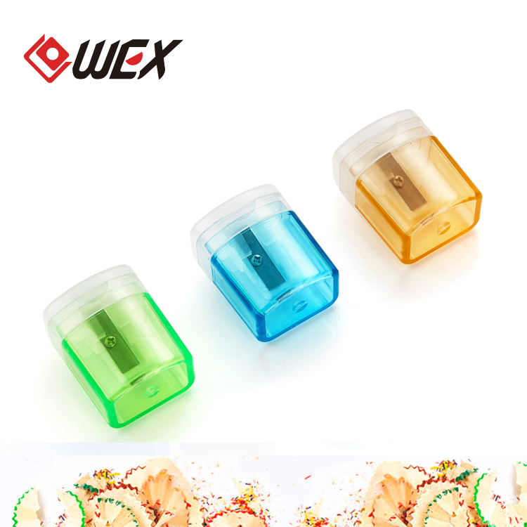 Горячая продажа многоцветная ручная круглая форма Пластиковая точилка для карандашей