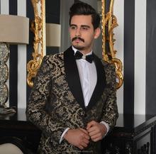 goldener anzug