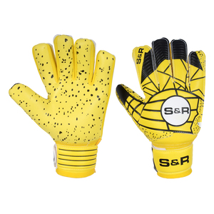 PAKISTAN HIGH QUALITY GERMAN LATEX GOAL KEEPING GLOVES