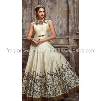 f928efa3be0 Best Indian Wedding Dresses~ Wedding Lehenga~ Traditional Dress~ Indian  Dress