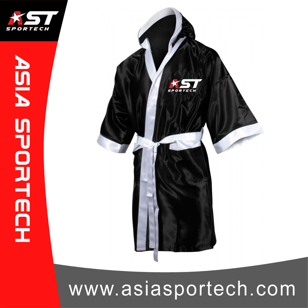 Personalised Boxing Robes: Top Quality Boxing Robe With Custom Design