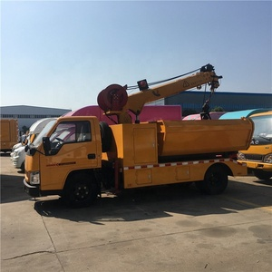 12 months Warranty and Jib Crane Feature crane tipper mud cleaning truck