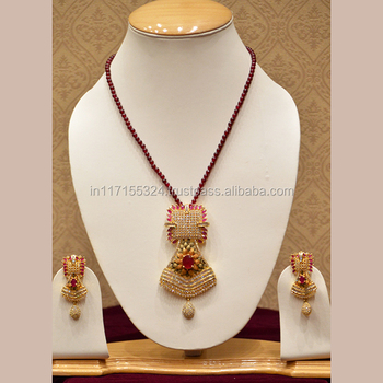 Luxurious Bridal Wear Diamond Necklace Set For Women Buy Indian Bridal Necklace Set Indian Bridal Traditional Necklace Set Bridal Kundan Necklace Set Product On Alibaba Com