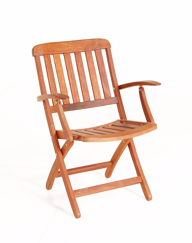 Pegu folding arm chairs