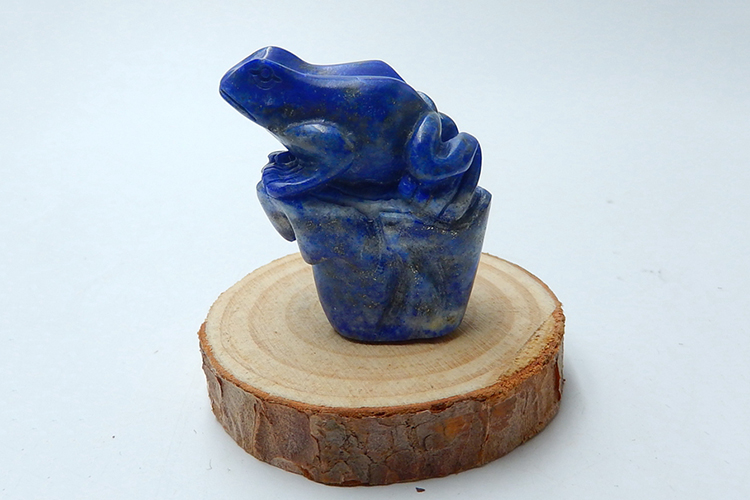 Crystal Frog Carving Natural Gems Lapis Lazuli Collectible Gemstone Crafts Semiprecious Stone 38x32x20mm 38.2g