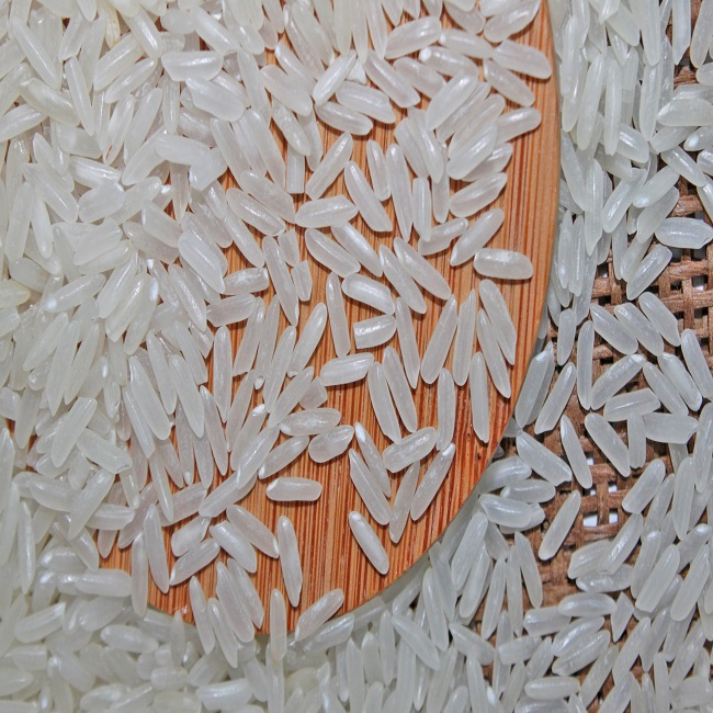 GOOD SUPPLIER 5% BROKEN WHITE RICE FROM