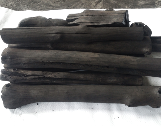 HARDWOOD AND COCONUT CHARCOAL FOR BBQ AND HOOKAH