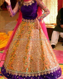Women mehndi dresses,pakistani mehndi dresses, designer party wear dresses, pakistani wedding dresses