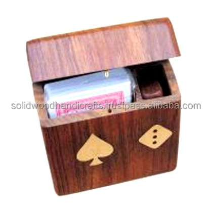 HOUTEN HANDWERK SPEELKAARTEN DOZEN/INDOOR GAMES/BOARDS GAMES