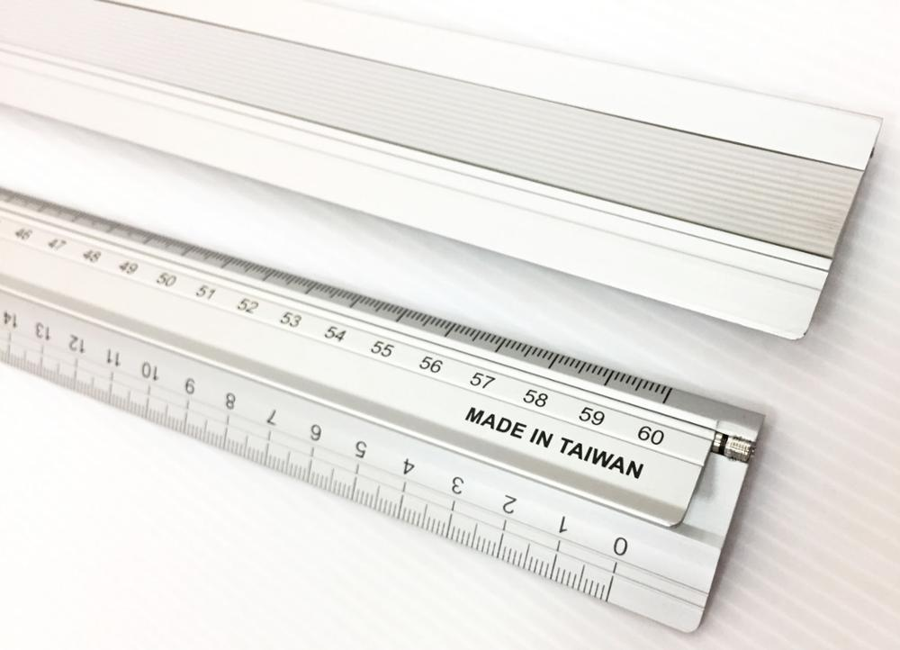 30cm promotional non slip safety cutting ruler