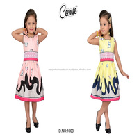 Sleeveless round-neck kids frock