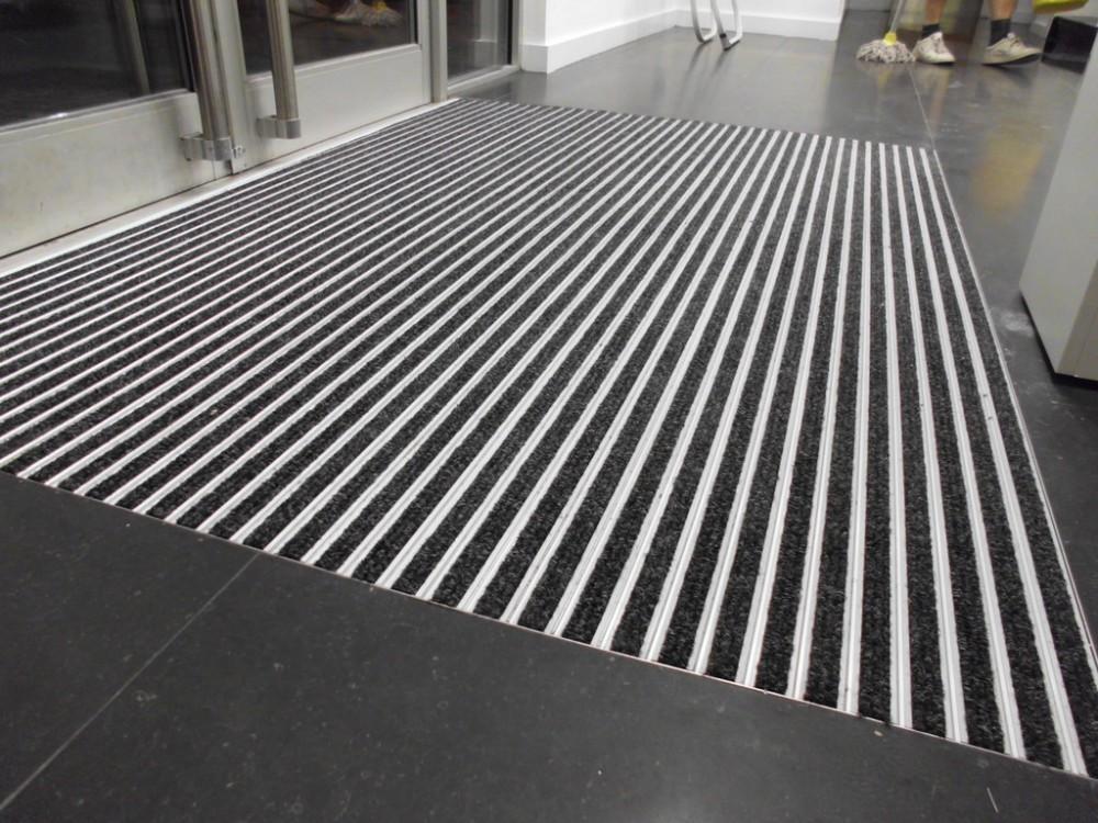Fußboden Matten Eingangsbereich ~ Vertieften wasserdichte verriegelung gummimatten eingangsbereich