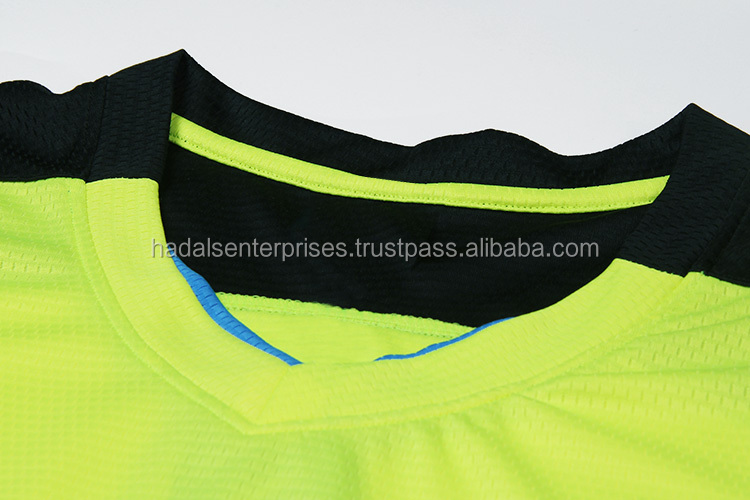 Custom designed soccer uniforms / fully sublimated soccer uniforms