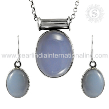 Delicate design chalcedony gemstone jewelry set 925 sterling silver wholesaler jewelry set handmade jewelry exporters
