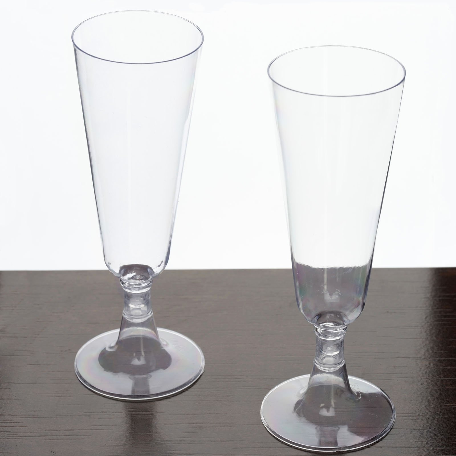 5f7796f603e Get Quotations · Tableclothsfactory 60 Pcs - Clear 4.7oz Regal Champagne Disposable  Plastic Flutes