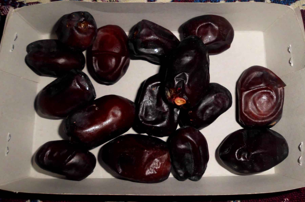 Iranian Dried, fresh and Semi-Dried Date