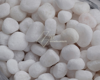 Crystal white pebbles