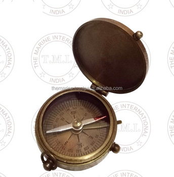 BROWN NAUTICAL BRASS FLAT COMPASS WITH LID ~ COLLECTIBLE MARINE GIFT