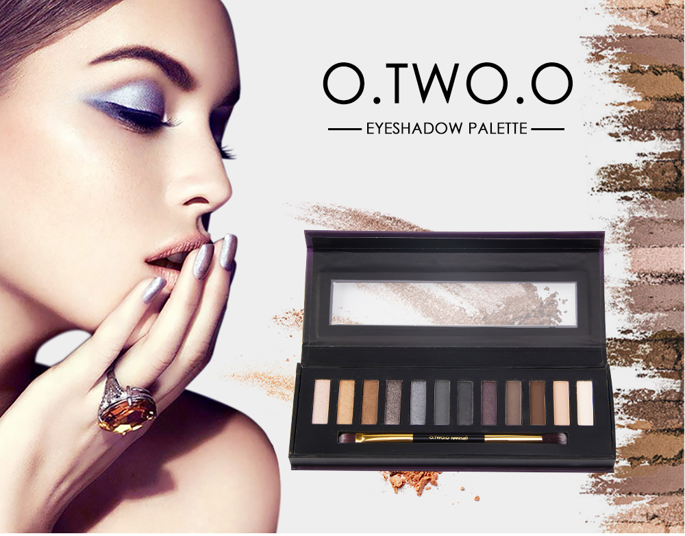 O.TWO.O makeup products matte eyeshadow palette
