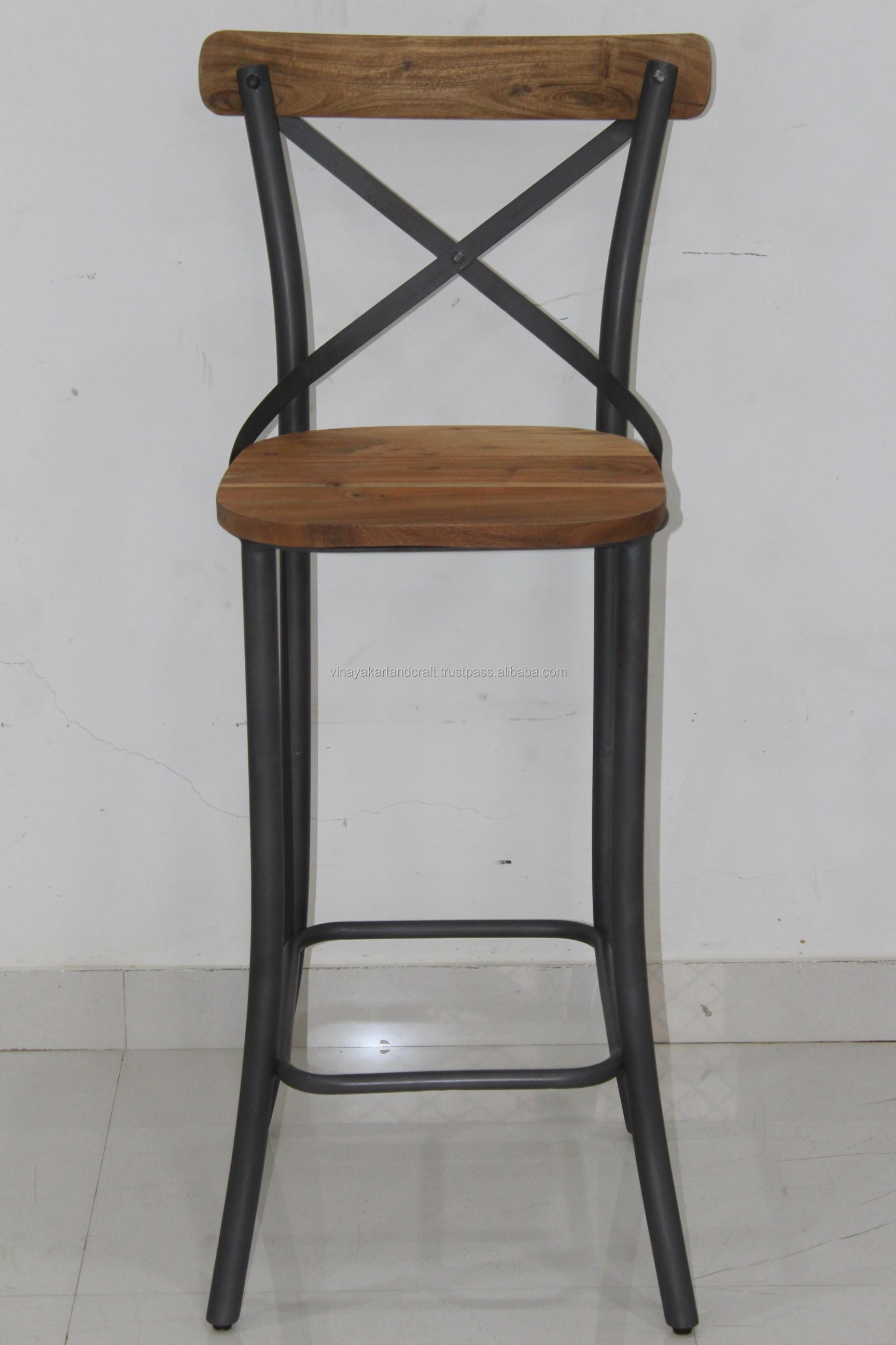 sillas de madera antiguas tipo bar