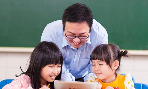 广州华尔街英语和TutorABC哪家好?在读学员给你说说!