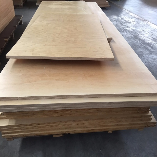 Disposable Basswood Veneer Plywood Basswood Plywood