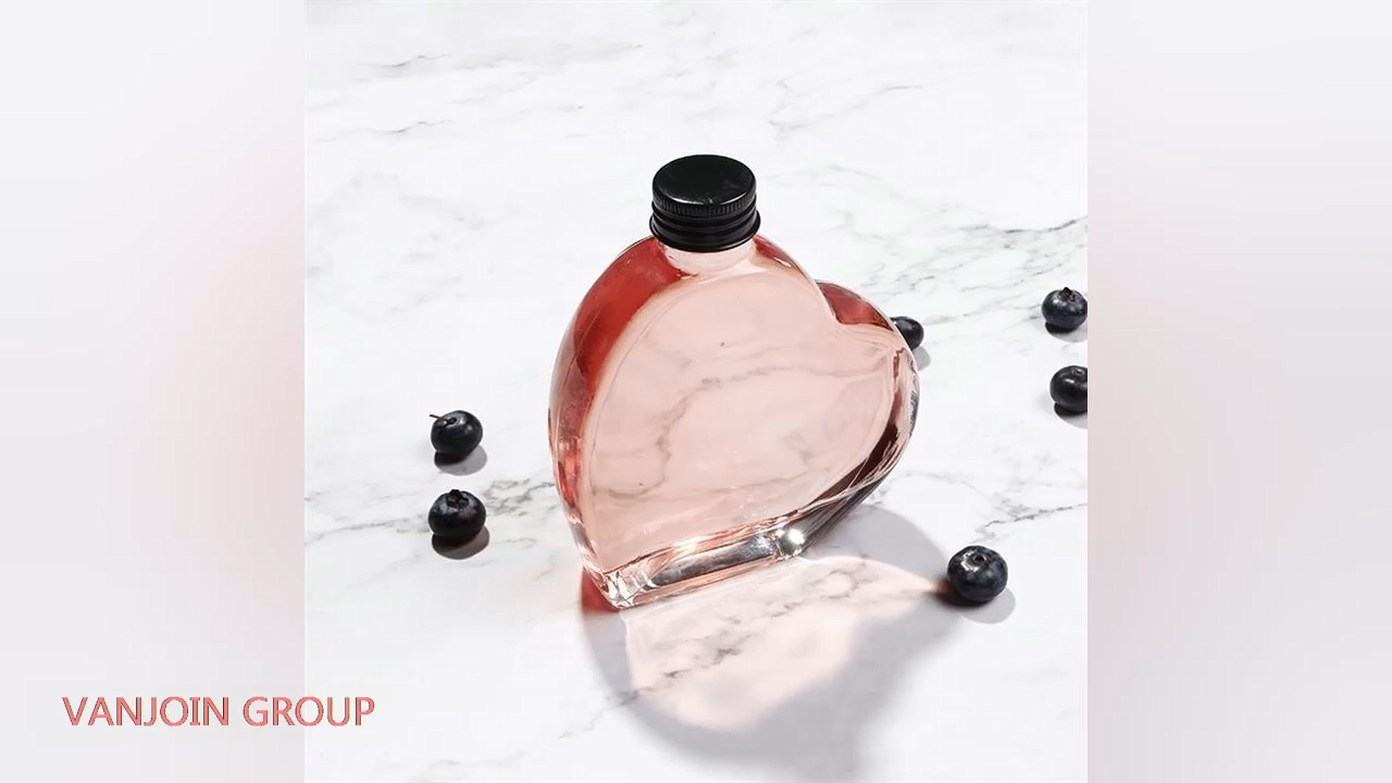 New Design Heart Shape Flat Glass Bottle For Gin Vodka Rum With Cork Top