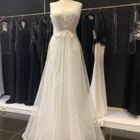 Wonderful Tulle Lace Detailed Wedding Dress