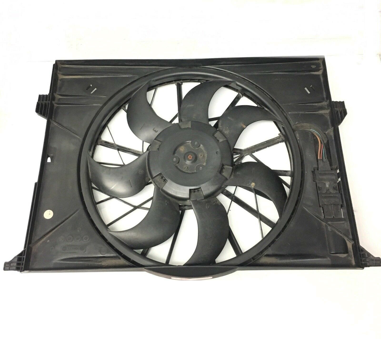For Mercedes W210 E320 Fan Shroud Belt Driven Fan Between Radiator /& Engine