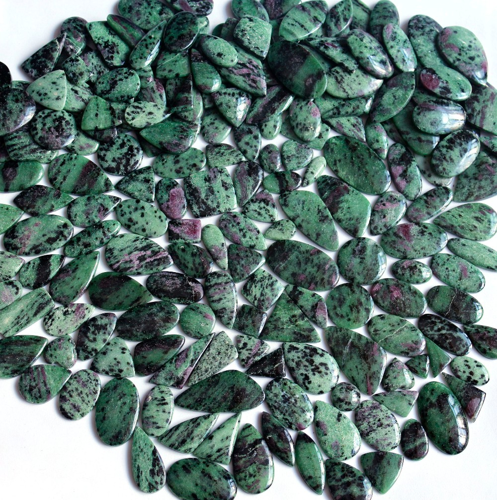 Free Form Size Whollsell Gemstone Ruby Zuisite Handmade Affrican Ruby Zuisite Loose Caboochon 20 Pcs Lot
